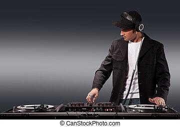 Working DJ