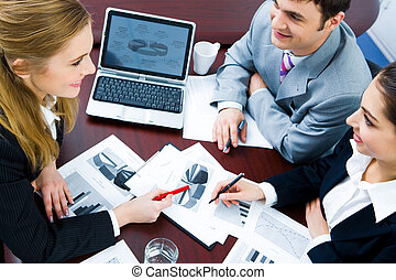 Working strategy - Image of business woman explaining and ...