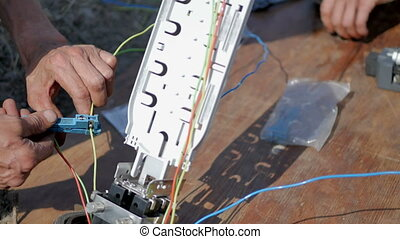 Fiber Optic Communication Technology - Working with Fiber...