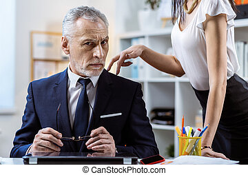workmate, 情報, 彼女, seducing, 白, 厳密, 長い髪, 女, ワイシャツ