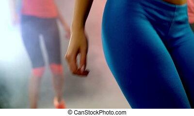 workouts., ventre, exercices, étape, femme, plat, aérobic