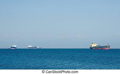 World Trade - The world logistics of international oil...