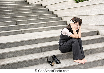 worried businesswoman - Sad business woman feel worried and ...