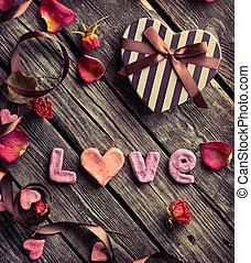 wort, liebe, mit, valentinestag, geschenkschachtel