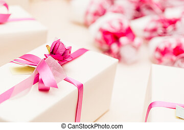 Wrapped Wedding gifts - beautiful wedding favors wrapped in...