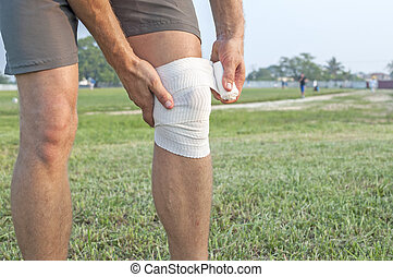 Wrapping knee injury