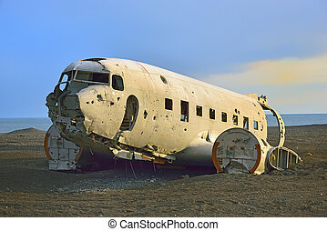 Wreck of an airplane