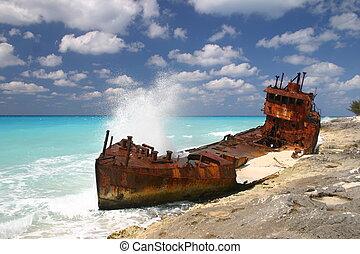 Wreck on Bimini, Bahamas