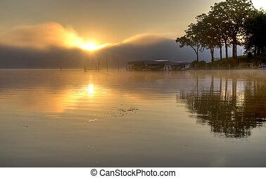 wschód słońca, na, jezioro, okoboji
