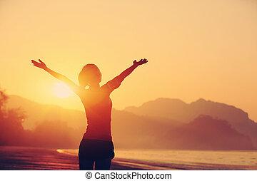 wschód słońca, pod, herb otwarty, kobieta