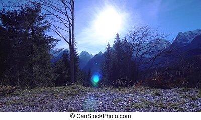 wschód słońca, wśród, przedimek określony przed rzeczownikami, natura, od, alpy, góry