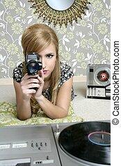 wspaniały 8mm, aparat fotograficzny, retro, kobieta, rocznik wina, pokój