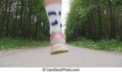 wyścigi, ciągnąć, dziewczyna, las