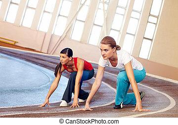wyścigi, sala gimnastyczna