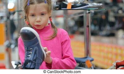 wybierając, bucik zapas, obuwie