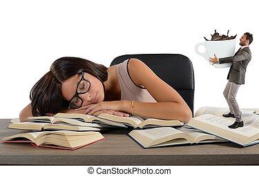 wyczerpany, dziewczyna, kawa, wymagania