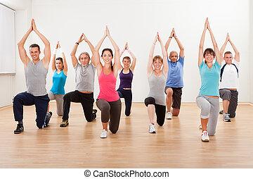 wykonuje, grupa, aerobics, ludzie