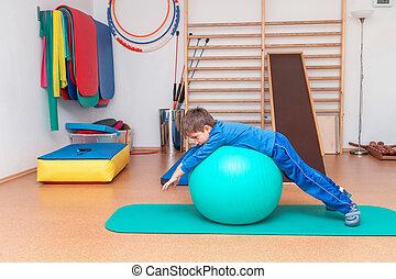 wykonuje, sala gimnastyczna, terapeutyczny, dziecko