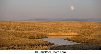 Wyoming moonrise