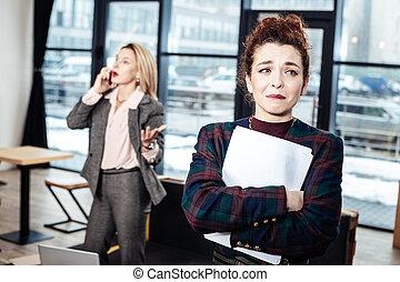 wysadzanie, prawie, po, płacz, straszny, akcydensowy interwiew, sekretarka