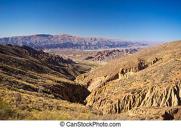 wystający, bolivia., podróż, góra, płaski, przebądźcie cel, początek, 4, dookoła, kaniony, tutaj, najbardziej, ważny, uyuni, erodowany, panoramiczny, tupiza., dni, skala, sól, droga, prospekt