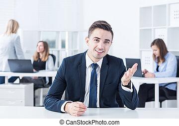 wywiad, praca, Pierwszy