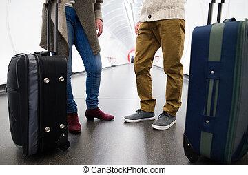 wywrotka, korytarz, luggage., para, unrecognizable, tunel