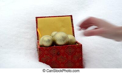 xmas tree toy snow box