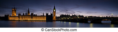 XXL - Houses of Parliament at Twilight - Big Ben and the...