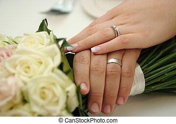 y, novio, llevando, anillos, boda, novia