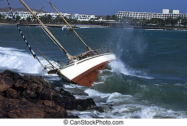 yacht, fracas, rochers
