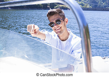 yacht, giovane, navigazione, uomo