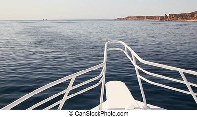 yacht, nez