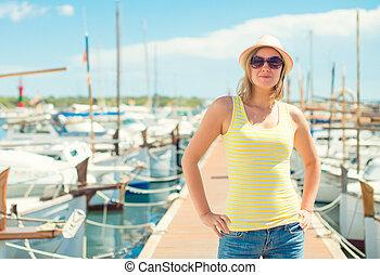 yachts., donna, banchina, contro, ritratto