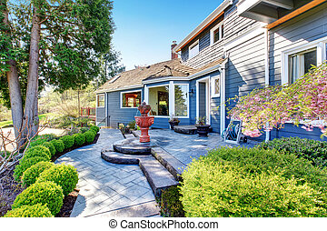 yard, dos, élégant, inclure, magnifique, fontaine, greenery., patio