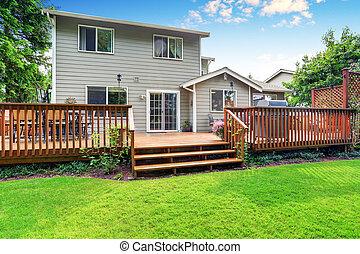 yard, pont, maison bois, dos, spacieux, extérieur