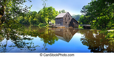 Yates Grist mill - Panoramic view of Yates mill state park
