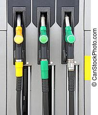 Pump nozzles