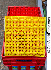 Yellow Plastic Egg Crate For Farm Production