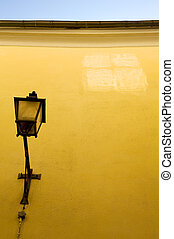 Yellow wall - Reflection of a window on a yellow wall