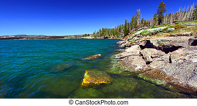 Yellowstone Lake in Wyoming - Cold blue waters of ...