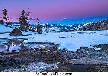 yellowstone, zima krajobraz, na, zachód słońca