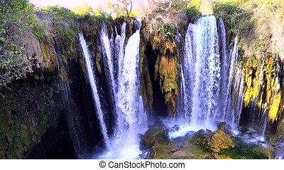 yerkopru, chutes d'eau