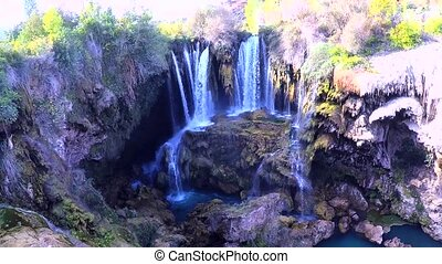yerkopru, watervallen