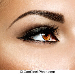 yeux bruns, oeil, makeup., maquillage