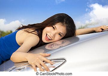 yo, amor, mi, nuevo, coche., hermoso, mujer joven, tenencia,...