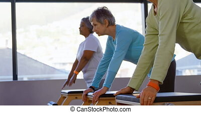 yoga, 4k, femmes, personne agee, exécuter