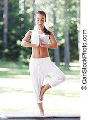 yoga, femme, parc