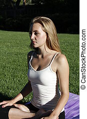yoga, i parken