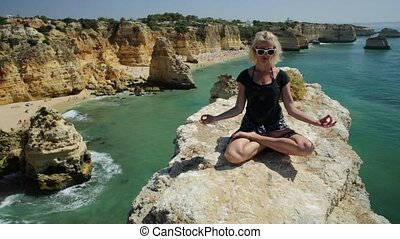 Yoga in Algarve coast